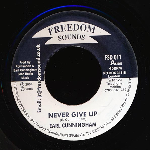Earl Cunningham - Never Give Up  /  Version